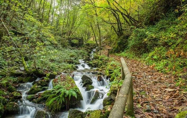 ruta del agua taramundi asturias