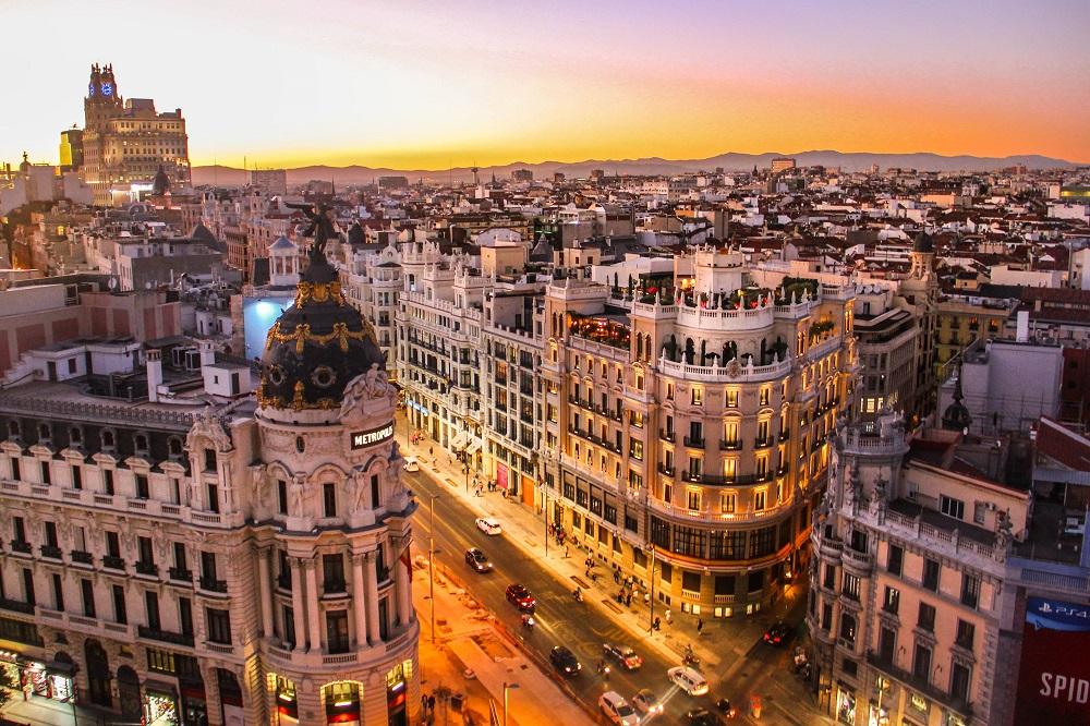 Vistas a la Gran Vía de Madrid