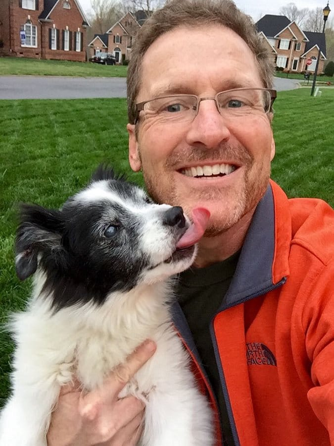 padre perro selfie