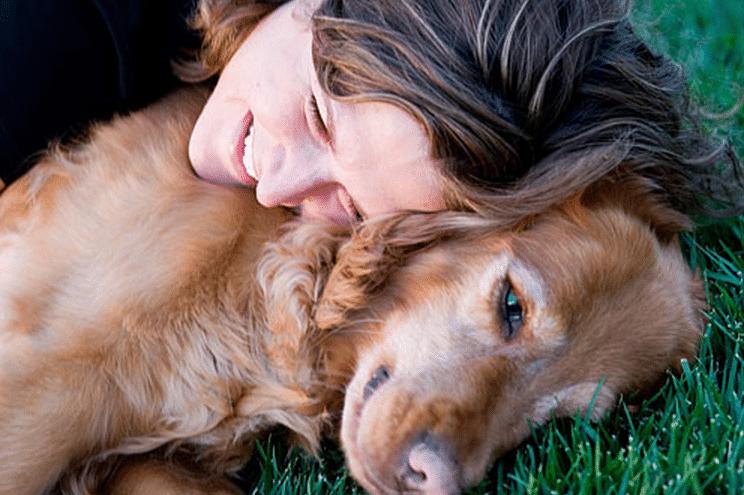 tu perro te odia abrazos