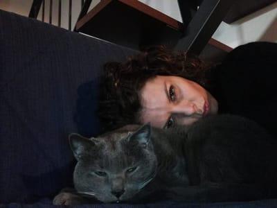 elisa casadei con il suo gatto