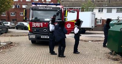 bomberos llegan a la zona