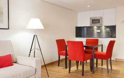 Salón del aparthotel Rosales hotel madrid perros