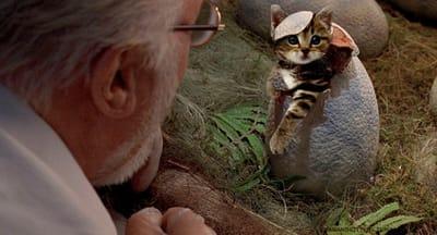 gato sale huevo Jurassic Park