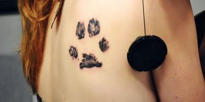 10 tatuajes de huella de perro para inspirarte vistos en Instagram