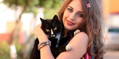 Spend quality time with your cat on International Women's Day