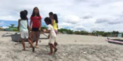 bambini-sulla-spiaggia