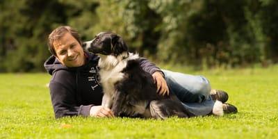 Martin Rütter mit Hund