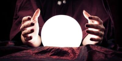 palla-magica-e-mani