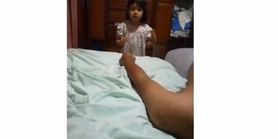 bambina che parla
