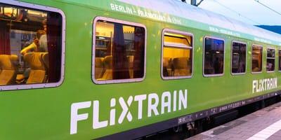 Dürfen Hunde mit dem FlixTrain fahren?