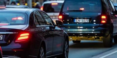 Fahrende Autos