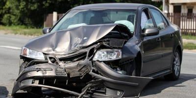 rozbity samochod