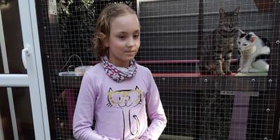 Liwia z tatą i rodzeństwem odwiedzili koty w Azylu