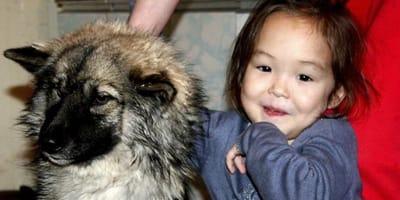 Pies_i_dziewczynka_Karina