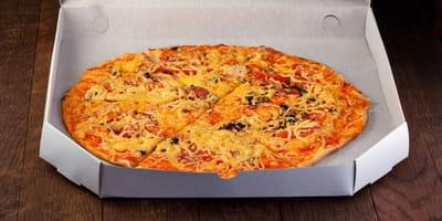 Der Flyer auf dem Pizza-Karton.
