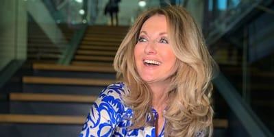 Stolze Mama mit 57: Frauke Ludowig bringt Nachwuchs mit ins Studio!