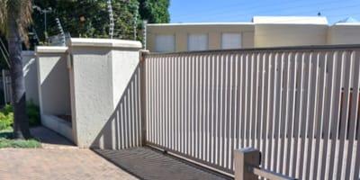 cancello-bianco