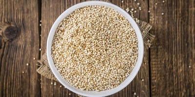Quinoa in einer Schüssel
