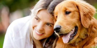 cane-con-ragazza-sorridente