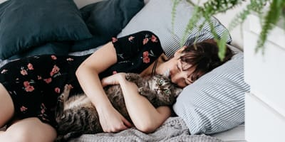 Do cats know when you're sad?