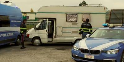 Rimini: cane chiede aiuto alla Polizia e scatta il sequestro