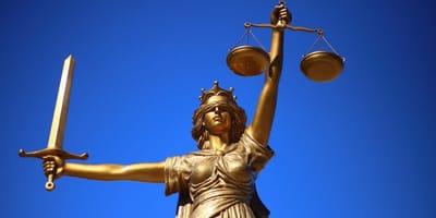Prokuratura nie odpuszcza. Proces księdza o znęcanie się nad psem w toku
