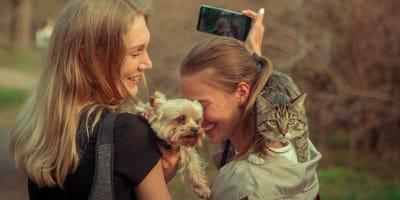donne-con-gatti
