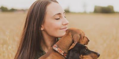 Día Internacional de la Mujer: ¿por qué son más las mujeres en la lucha por los derechos de los animales?