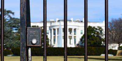 Zaun vorm Weißen Haus