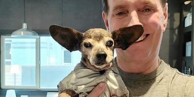 Steve und sein Chihuahua Eeyore.