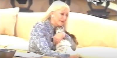 El emotivo reencuentro de Raffaella Carrà con su perrita