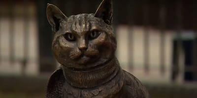 Ten kot doczekał się pomnika. Za życia sprawił, że los jego opiekuna zmienił się o 180 stopni!