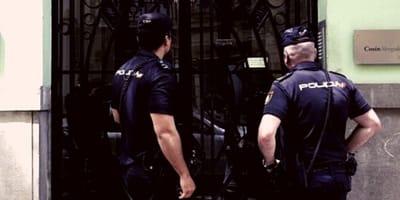La policía de Lugo acude a una casa por la música alta: la fiesta no era lo que pensaban
